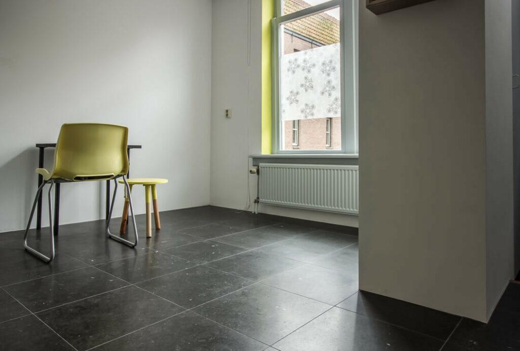 Belgisch Hardsteen Tegels : Belgisch hardsteen van den heuvel van duuren