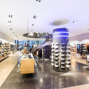 Belgisch Hardsteen Donker Blauw Gezoet in winkelpand
