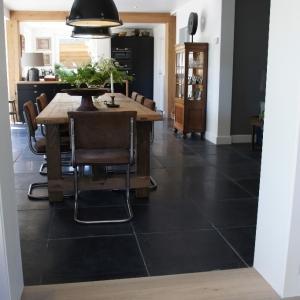 Harappa Stone Black Anticato