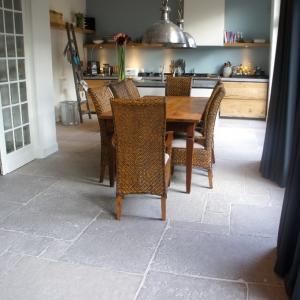 Castle Stones Brown Grey in keuken