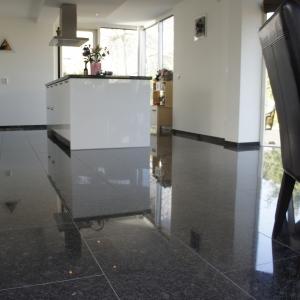 Graniet Silver Grey Gepolijst
