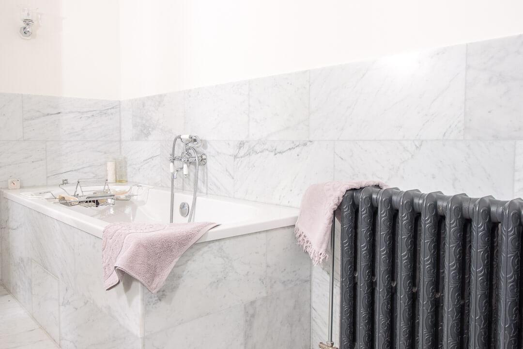 Bianco Carrara Gezoet