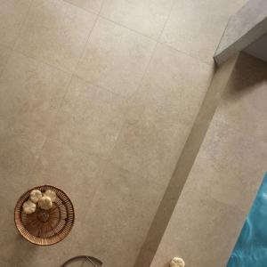 Secret Stone Precious Beige Honed is Spa