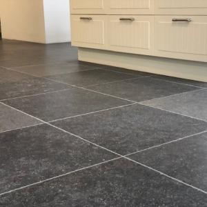Belgisch hardsteen Look Getrommelde tegels