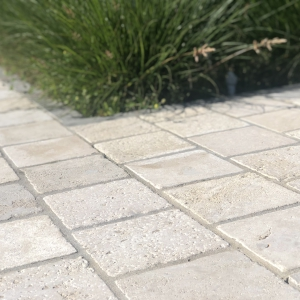 Bontemps Ochers and Grey Cobblestone, 15x15x5 cm halfsteens verband