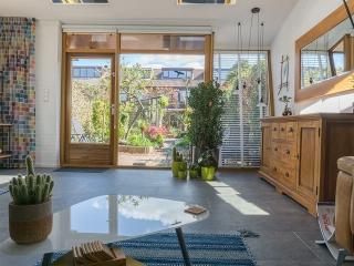 Leisteen Look Grey Keramiek woonkamer. Moderne uitstraling