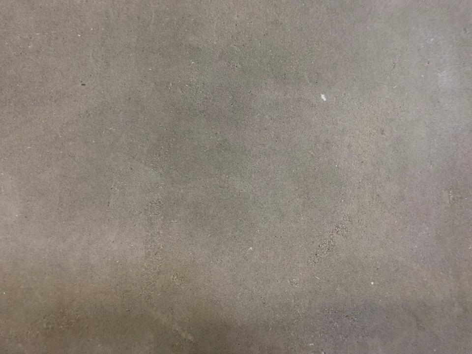 Marokkaanse Grijze Kalksteen Handgeschuurd Strak Gezaagd closeup