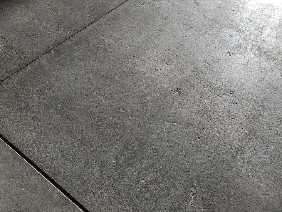 Marokkaanse Grijze Kalksteen Handgeschuurd Strak Gezaagd