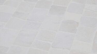 Marmer-Mozaiiek_Albino-White-Tumbled_30x15cm_1920x1080_HD