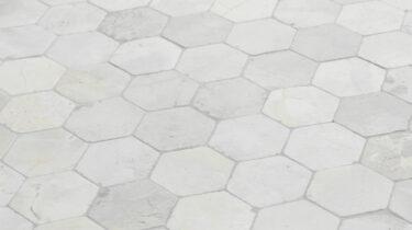 Marmer-Mozaiek_Hexagon-Light-Brown_30x30cm_1920x1080_HD